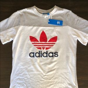 NWT Adidas core stack tee